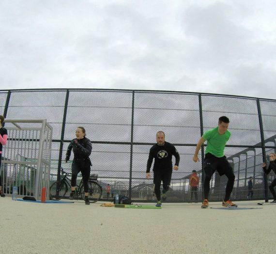 Sonntag 10 Uhr. Freeletics Power am Skatepark